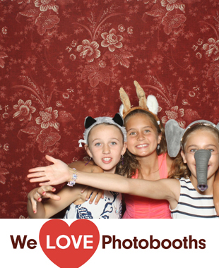 The Bronx Zoo Photo Booth Image