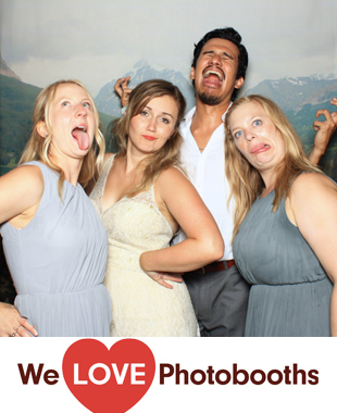 The Roxbury Barn Photo Booth Image