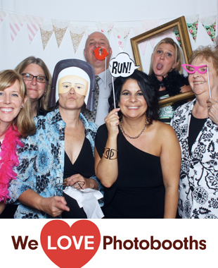 Cairnwood Estate Photo Booth Image