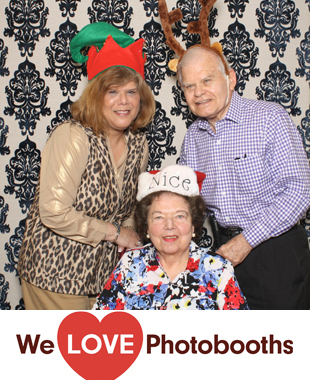 NY Photo Booth Image from Atria on Roslyn Harbor in Roslyn, NY