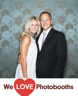 NY Photo Booth Image from The Royalton Mansion at the Roslyn Country Club in Roslyn Heights, NY