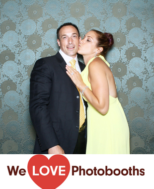 The Royalton Mansion at the Roslyn Country Club Photo Booth Image