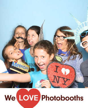 The Victorian Gardens at Central Park Photo Booth Image