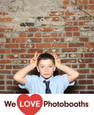 NY Photo Booth Image from Frankie's Sputino in Brooklyn, NY