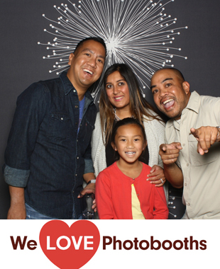 DJ's International Buffet Bar and Grill  Photo Booth Image
