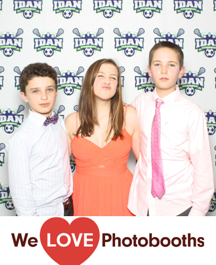 PA  Photo Booth Image from Philmont Country in Huntingdon Valle, PA