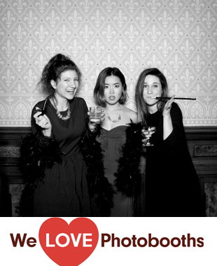 Weylin B Seymours  Photo Booth Image