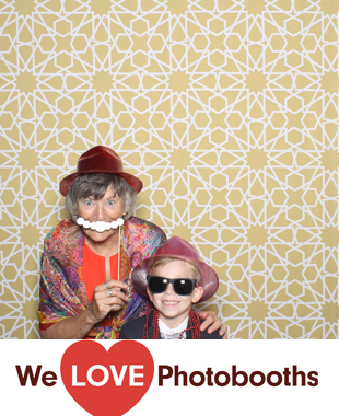 Ocean Place Resort and Spa Photo Booth Image