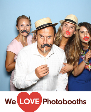 Brush Hill Gardens  Photo Booth Image