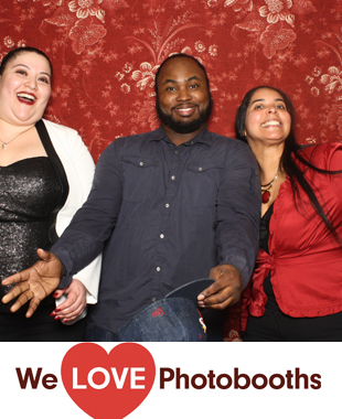 Pine Bar and Grill Photo Booth Image