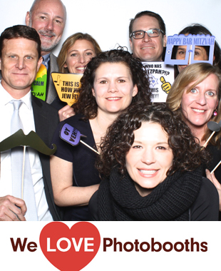 NY  Photo Booth Image from Oceans 8 at Brownstone Billiards in Brooklyn, NY