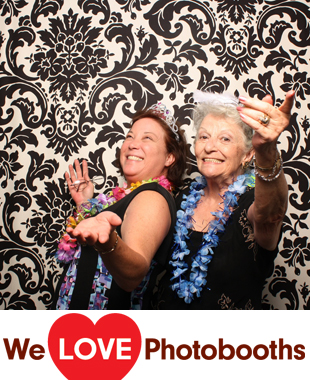 The Lakeside Manor Photo Booth Image