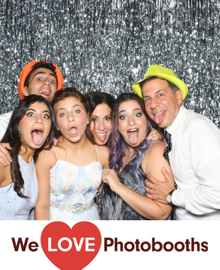 Shelter Rock Jewish Center Photo Booth Image