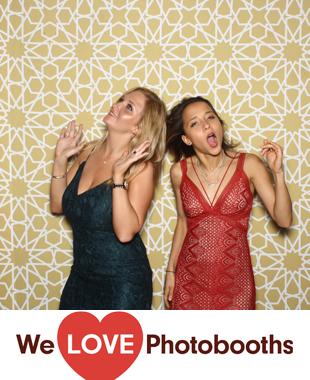 WoodsEdge Farm Photo Booth Image