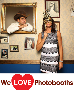 Colonial Inn Photo Booth Image