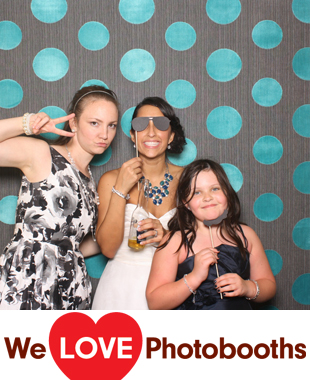 Mercer Oaks Catering Photo Booth Image