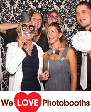 NY Photo Booth Image from Carlyle on the Green in Farmingdale, NY