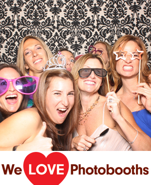 Crest Hollow Photo Booth Image