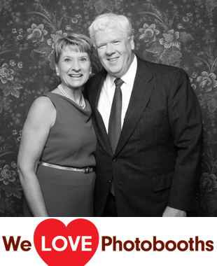 CT Photo Booth Image from The Candlewood Inn in Brookfield, CT