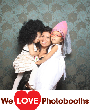 NY Photo Booth Image from MUDAN BANQUET HALL (In the Queens Crossing Mall) in Flushing, NY