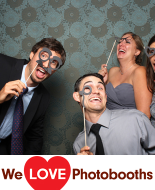 NY  Photo Booth Image from Thatched Cottage in Centerport , NY
