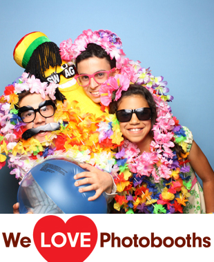 The Colonia Country Club Photo Booth Image