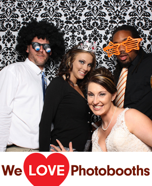 The Rockwood Carriage House Photo Booth Image