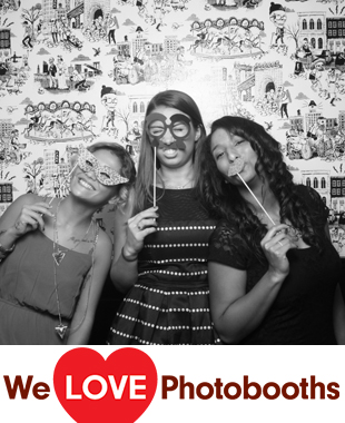 NY Photo Booth Image from Gran Electrica in Brooklyn, NY