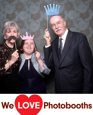 HollyHedge Photo Booth Image