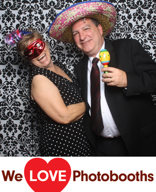The Historic Old Bermuda Inn Photo Booth Image