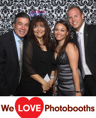 NY  Photo Booth Image from The Historic Old Bermuda Inn in Staten Island, NY