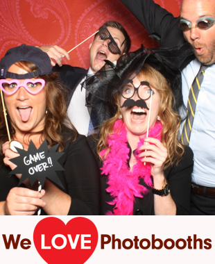 Saltwater Farm Vineyard Photo Booth Image