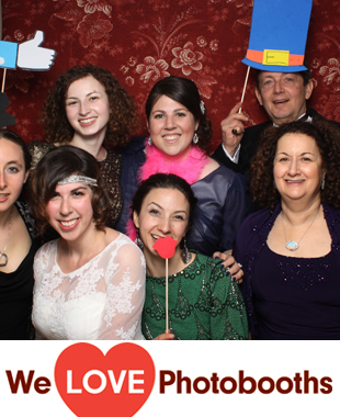 Keter Torah Photo Booth Image