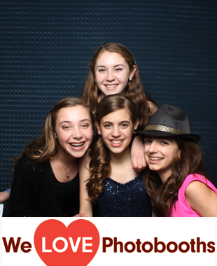 Wilshire Grand Caterers Photo Booth Image