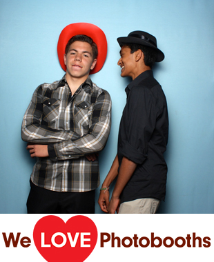 Avenue Photo Booth Image