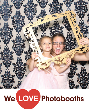 NY Photo Booth Image from Hilton Garden Inn - Nictora's Ballroom in Staten Island, NY